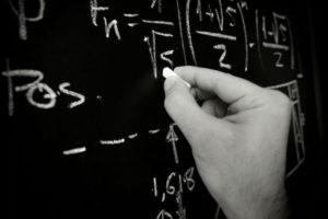 Con retrocesos en 'mate', ciencia y lectura, estudiantes mexicanos